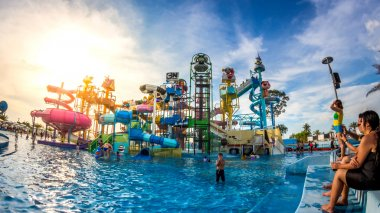 PATTAYA, THAILAND - December 29, 2014: Many traveler have fun in