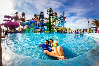 PATTAYA, THAILAND - December 29, 2014: Many traveler have fun in