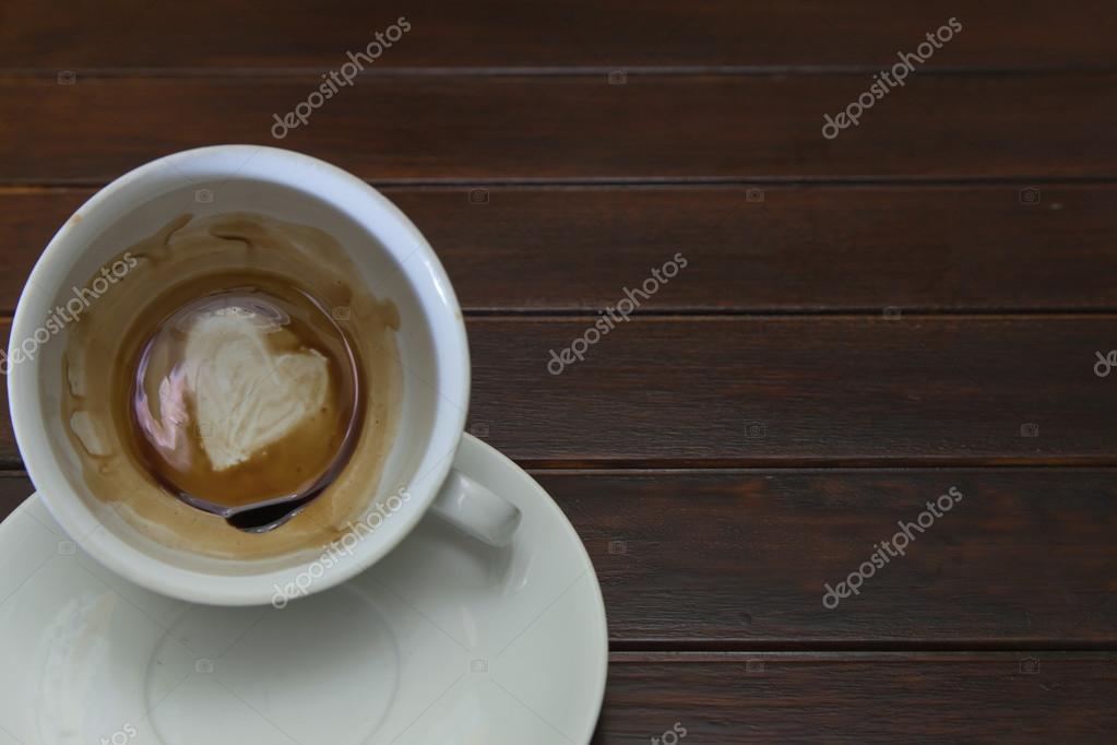 Tazza di caffè con cuore di caffè in bar u2014 foto stock © fineart