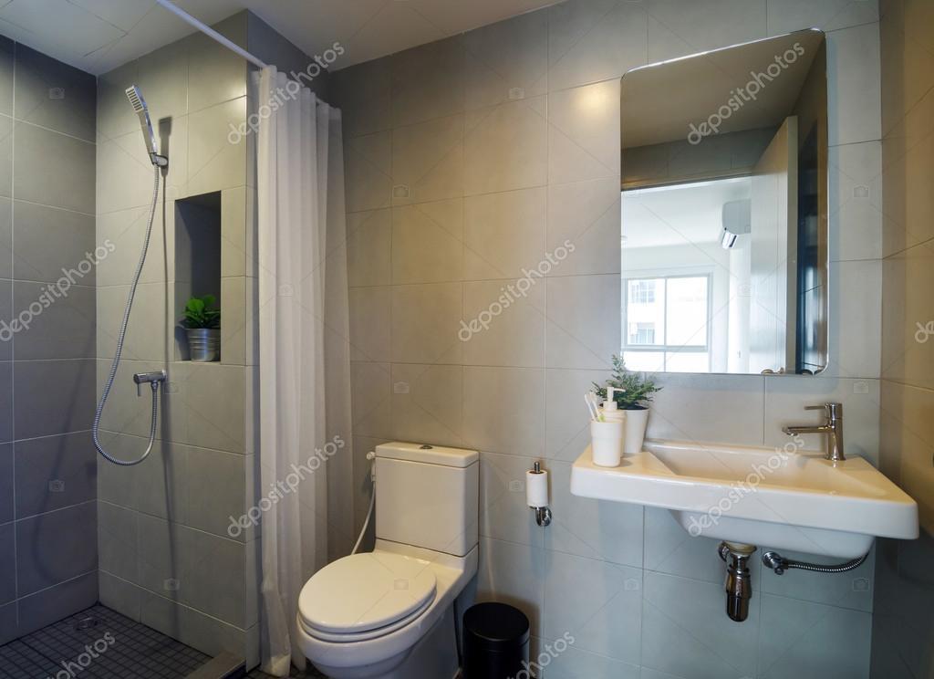 bagno moderno con doccia ? foto stock © siraanamwong #102561454 - Bagni Doccia Moderni