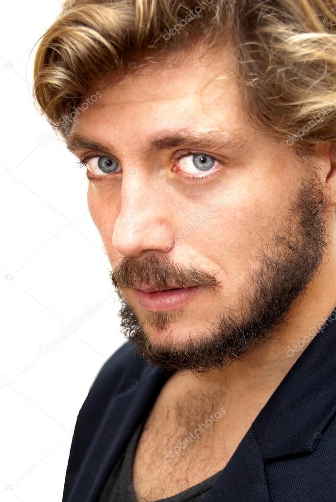 Hübscher Mann mit Bart und blaue Augen — Stockfoto
