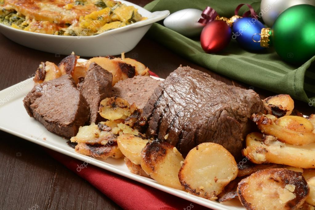 Weihnachten-Roastbeef — Stockfoto © MSPhotographic #58088175