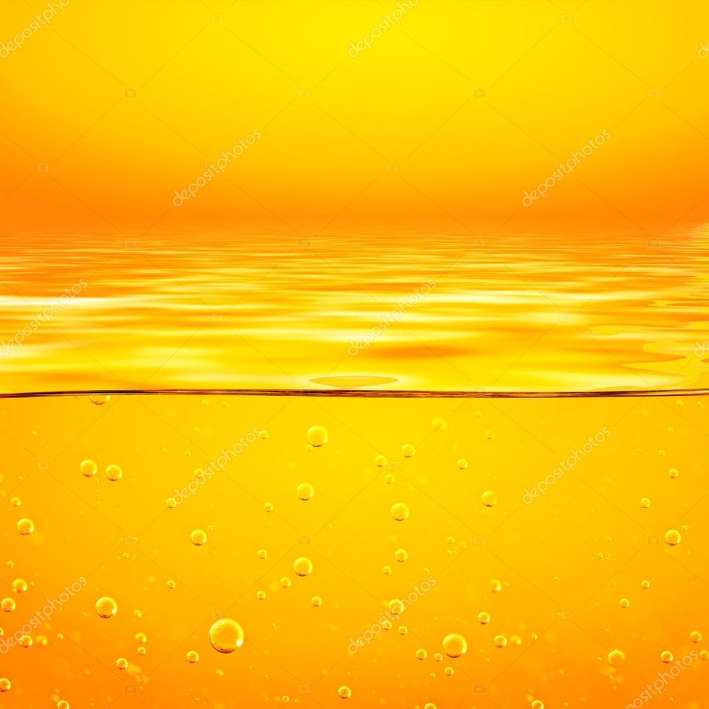 liquide jaune orange avec bulles d oxyg ne closeup photographie assistant 124706376. Black Bedroom Furniture Sets. Home Design Ideas