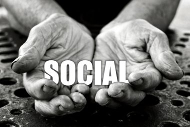 Social in the old female hands
