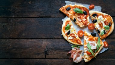 Slices of mini pizza