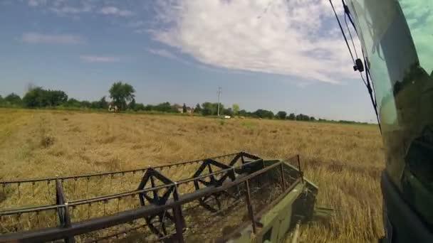 Zemědělské stroje v akci