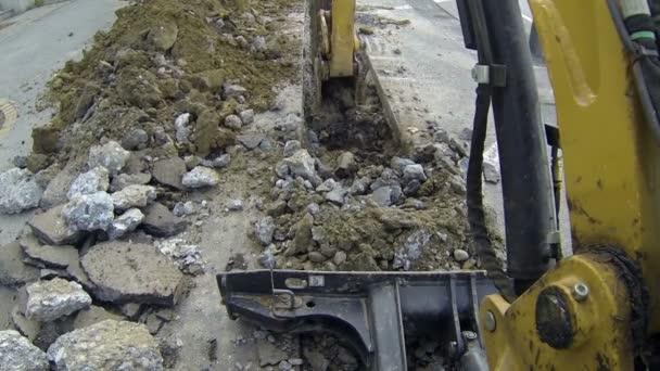 Bagr kopání příkopu