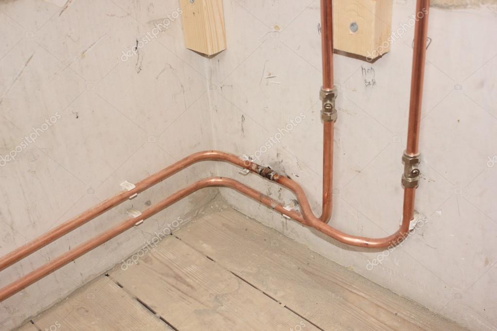 Impianto idraulico in bagno per una doccia — Foto Stock © 1markim #65821519