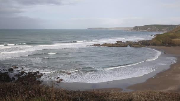 Challaborough tengerpart és öböl South Devon Anglia Egyesült Királyság népszerű szörfözés hely közelében Burgh-sziget és Bigbury-on-sea a south west coast path