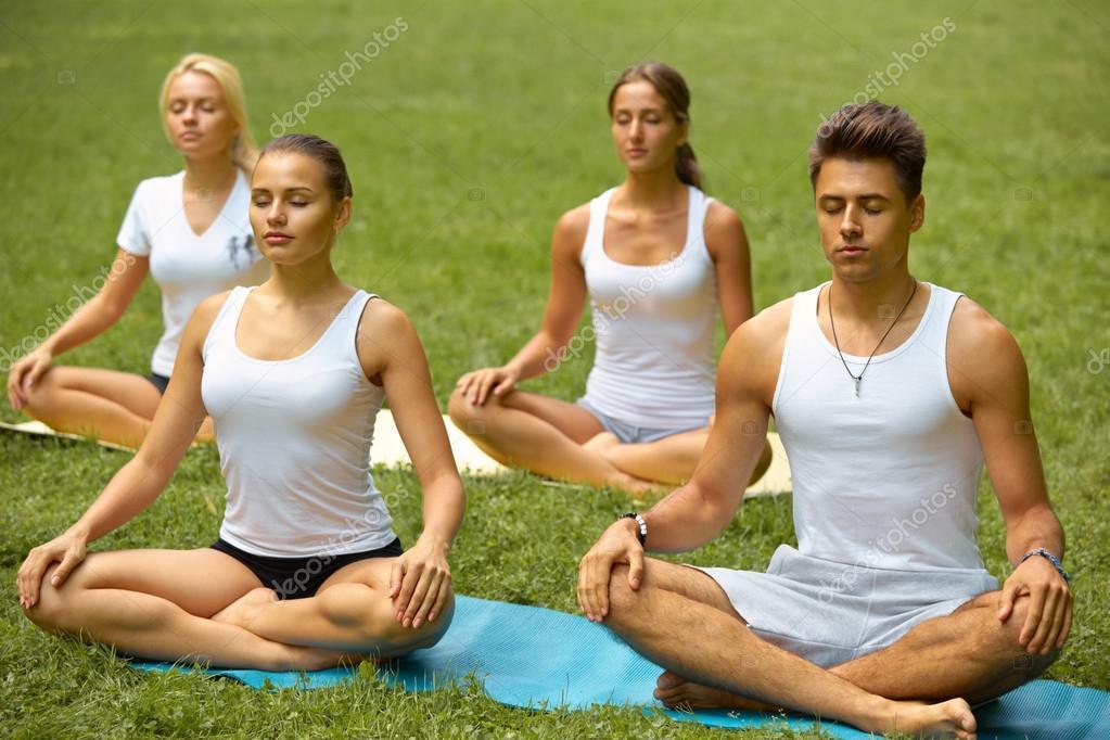 Resultado de imagen para Personas meditando