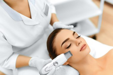 Skin Care. Ultrasound Cavitation Facial Peeling. Skin Cleansing