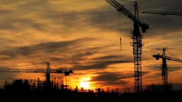 Construction cranes Skyline