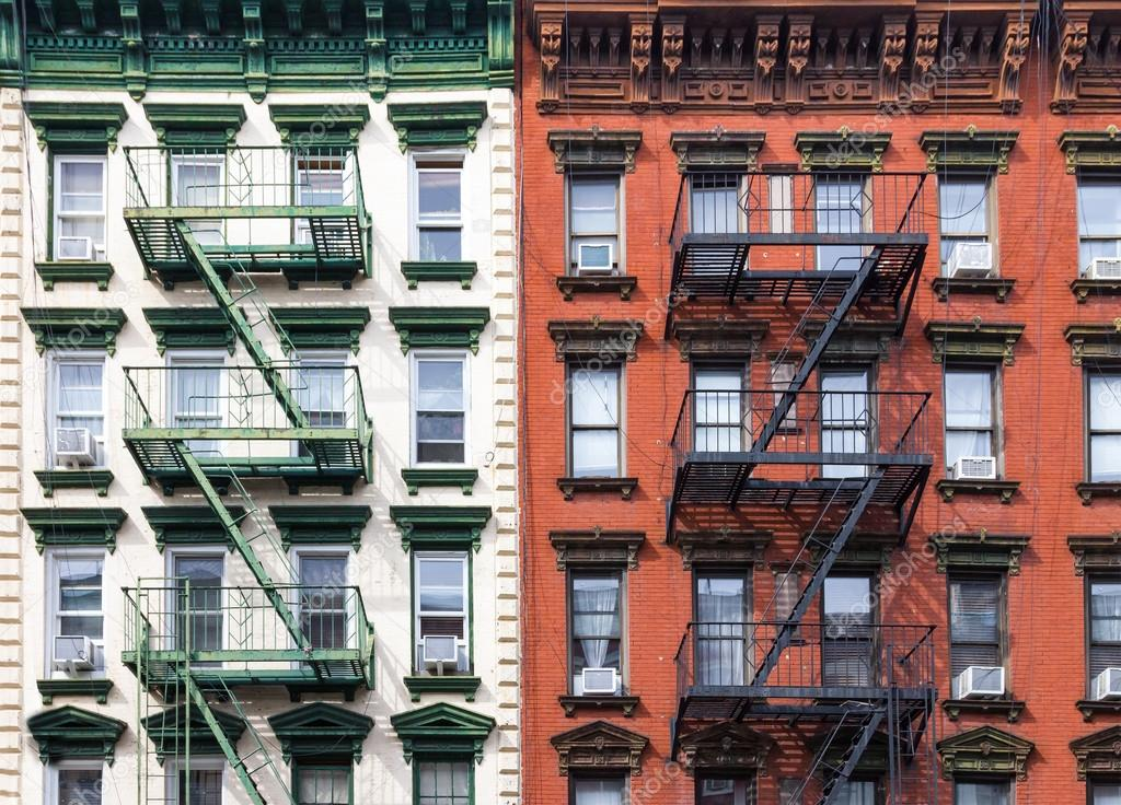 New York City Red And Green Apartment Buildings U2014 Stock Photo