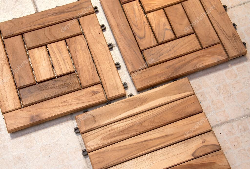 Holzfußboden ~ Moderner weißer mopp der holzfußboden im haus säubert lizenzfreie