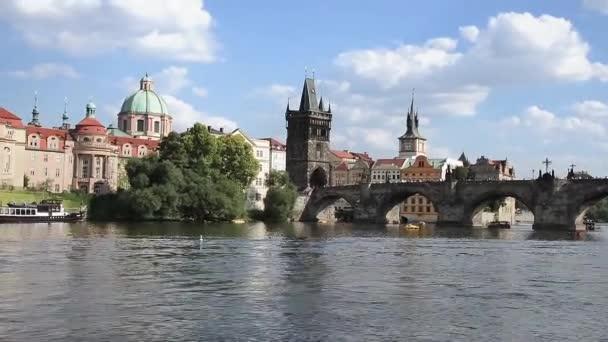 Pohled z lodi Prague - Czech