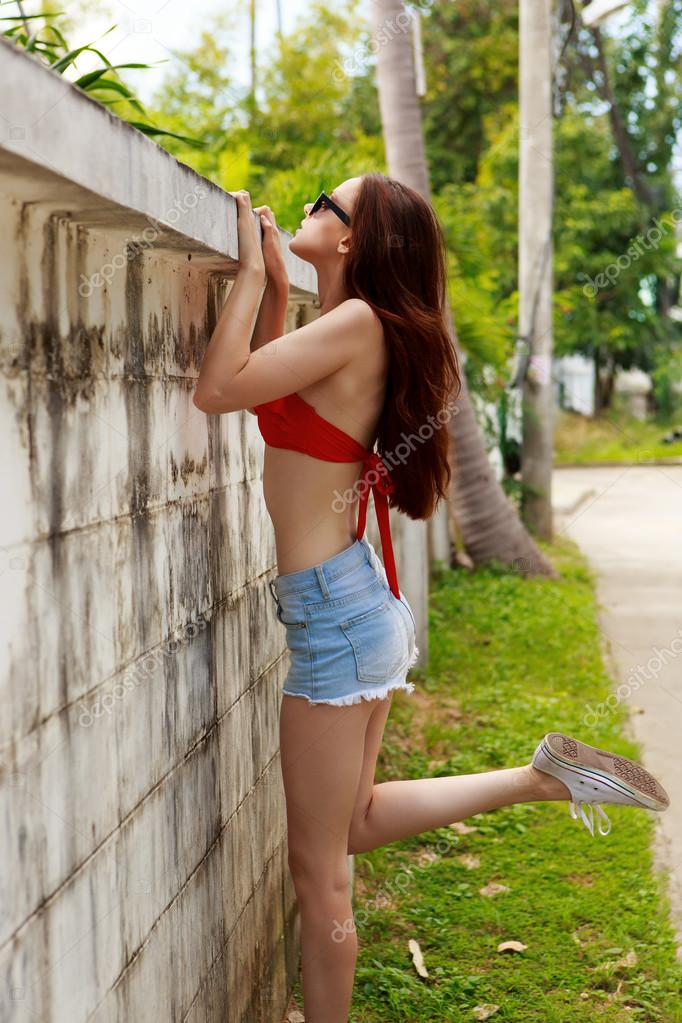 Skinny Teen Photos