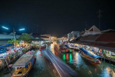 Night lights of Amphawa floating market
