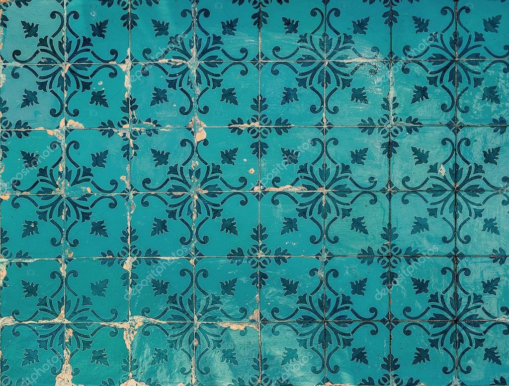 Azulejos antigos fotografias de stock javarman 56644381 for Azulejos clasicos
