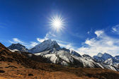 Krásné horské scenérie v Himalájích
