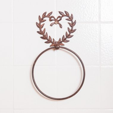 Ring shaped towel holder without towel