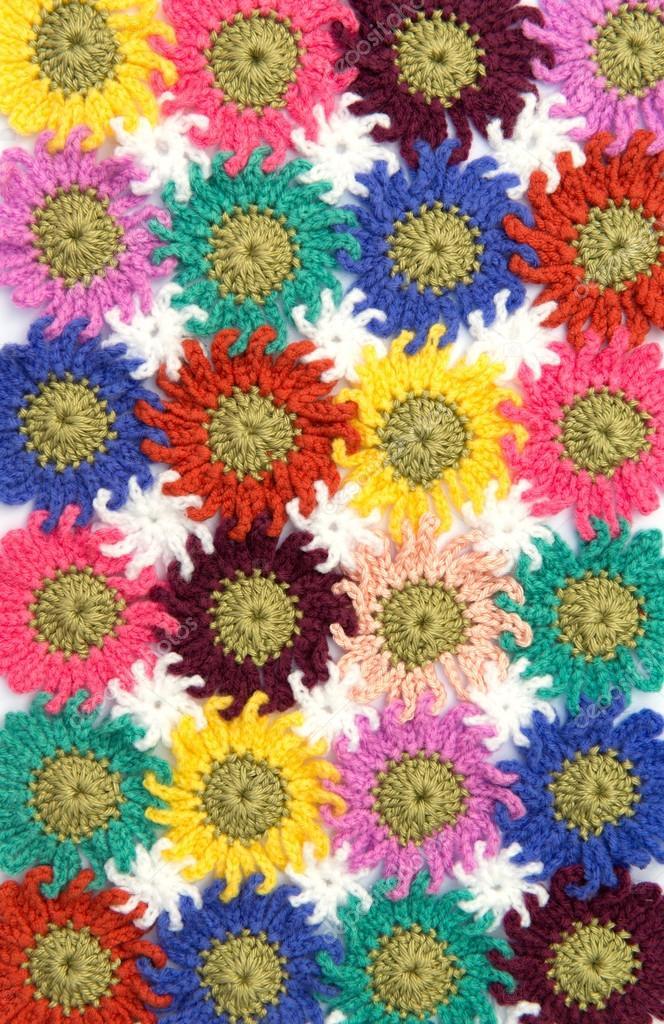 Gehäkelte Stoff Blumen — Stockfoto © opasstudio #56821875