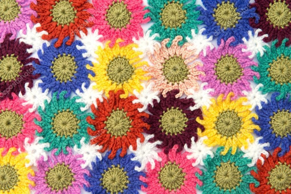 Gehäkelte Stoff Blumen — Stockfoto © opasstudio #56822451