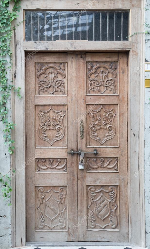 Vintage Tür vintage tür europa-stil — stockfoto © hin255 #86007480