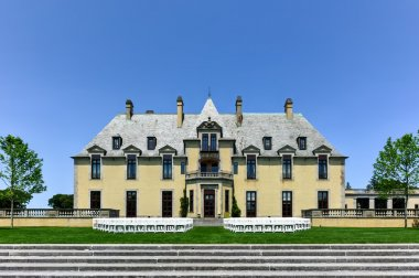 Oheka Castle Grounds