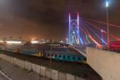 Nelson Mandela Bridge v noci - Johannesburg