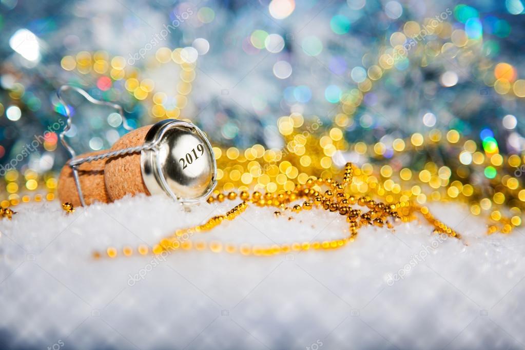 Znalezione obrazy dla zapytania szczęśliwego nowego roku 2019