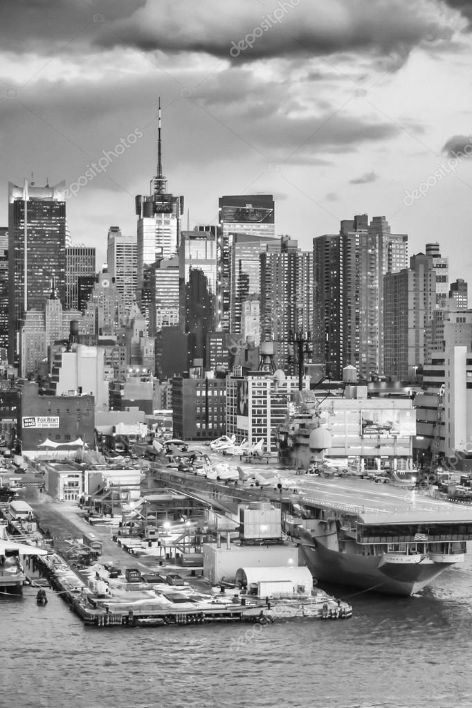 Midtown Manhattan and Intrepid bw