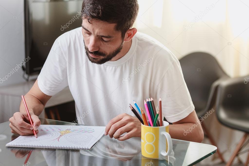 Coloriage Adulte Homme.Portrait D Un Homme Assis A Une Table A Colorier Un Coloriage Adulte