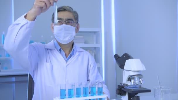 A 4k felbontás kutatási koncepciója. Ázsiai tudósok laboratóriumi megoldásokat hasonlítanak össze..