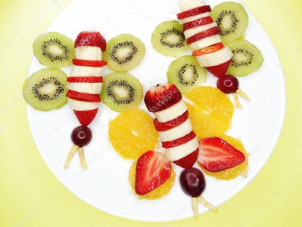 Kreativa frukt barn dessert fj ril form stockfotografi - Obst und gemuseplatte fur kindergarten ...