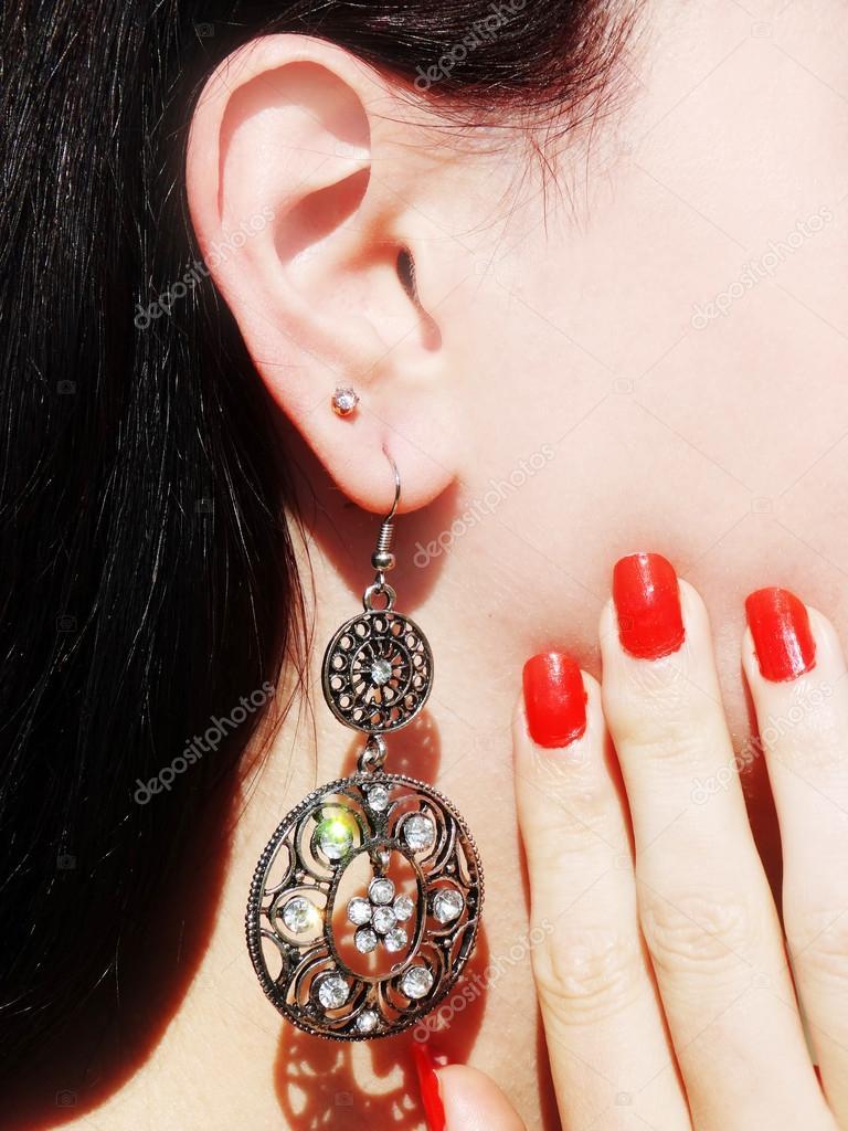 kristaller i örat