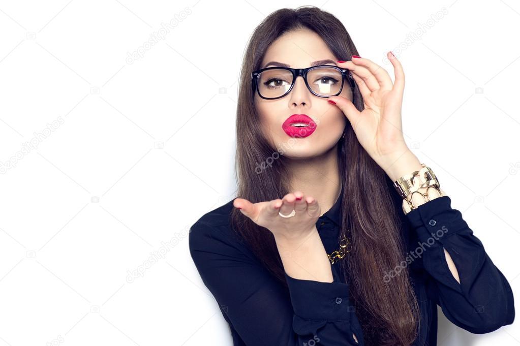 Женщина в очках сексуальна