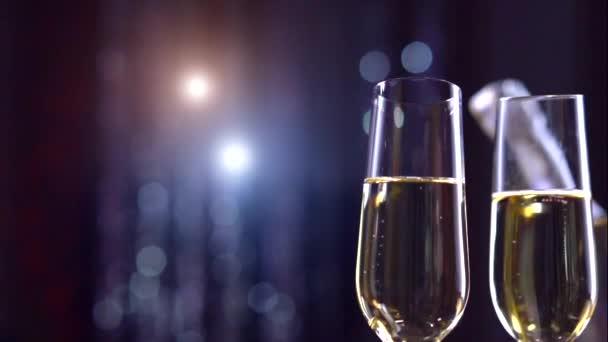 Toasten Champagner Slo-mo