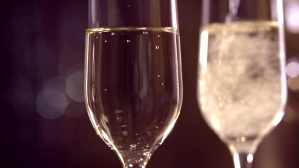 Flétny s šumivé šampaňské víno