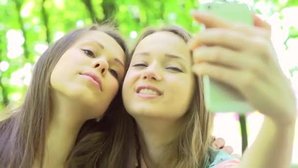 Dospívající dívky selfie