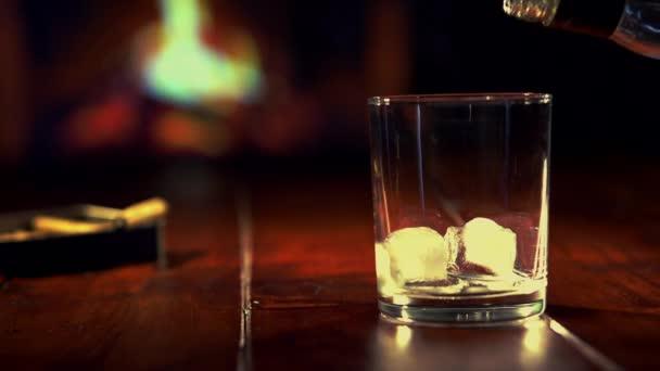 Szakadó whisky