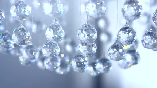 Zavěšení diamanty s blikající reflexe