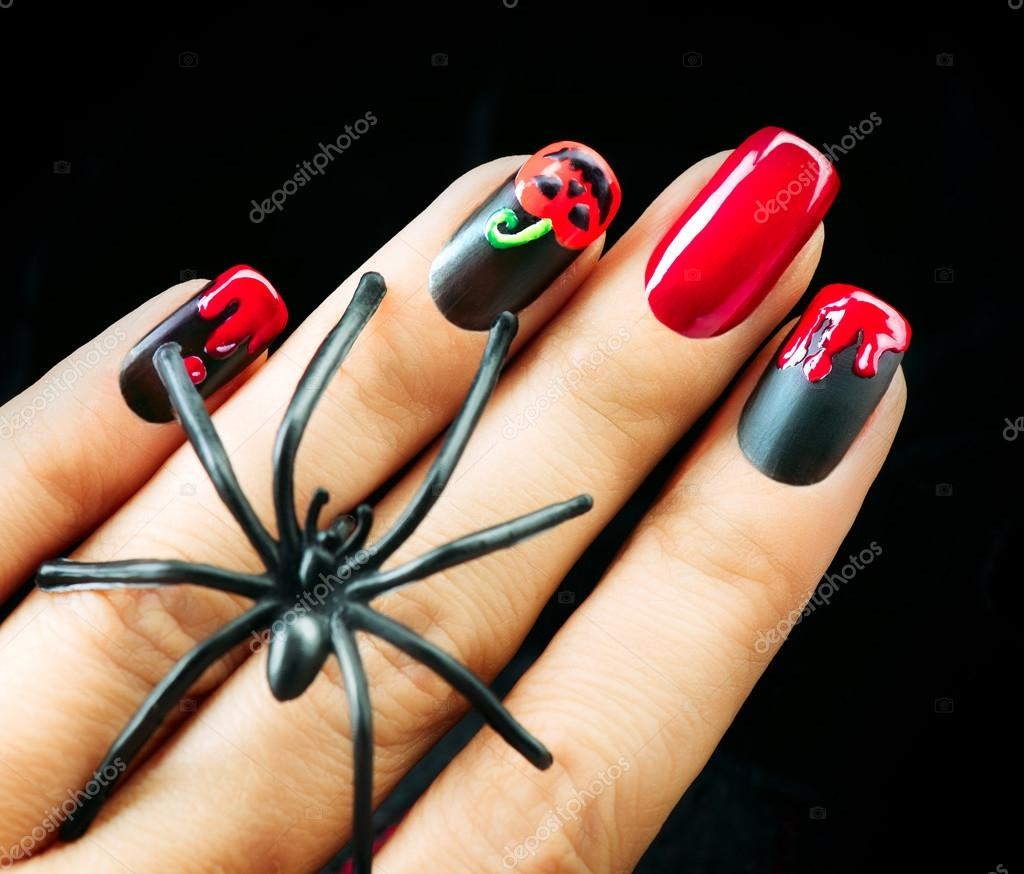 Halloween nagel kunst design — Stockfoto © Subbotina #87437020