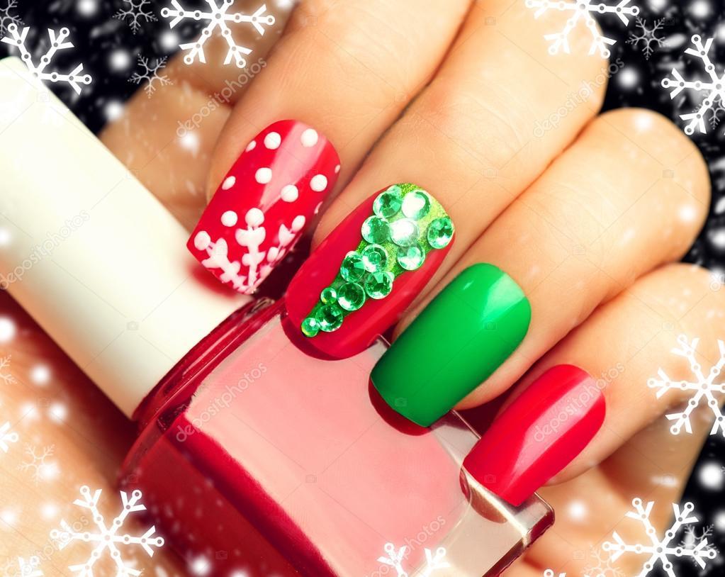 Urlaub Weihnachten Nagel Kunst Maniküre — Stockfoto © Subbotina ...