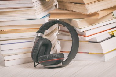 Concept of listening to audiobooks
