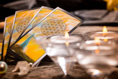 Tarot cards and other accessories