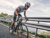 Fotografie Cyklista v maximální úsilí