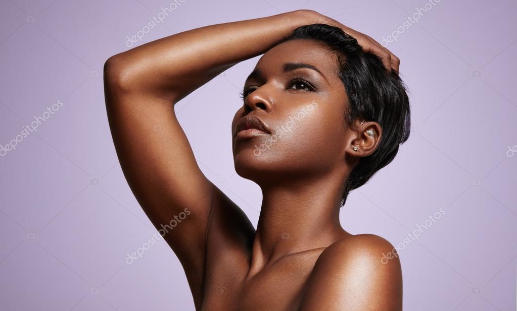 naakt zwarte vrouw blackpussy emmers