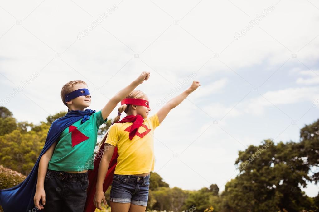 Платье с супергероем