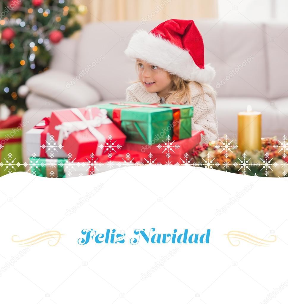Niedliche kleine Mädchen umgeben von Weihnachtsgeschenk — Stockfoto ...