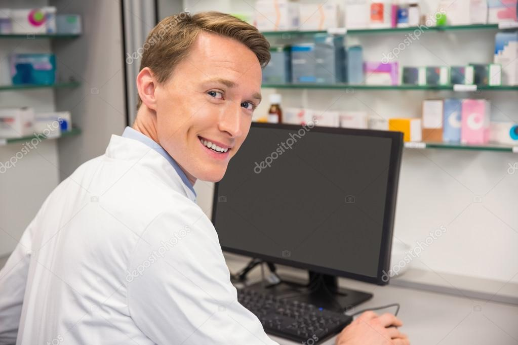 use of computer in pharmacy And only walgreens can integrate the information directly into its pharmacy computer and proxymed also has signed up other pharmacy chains to use.